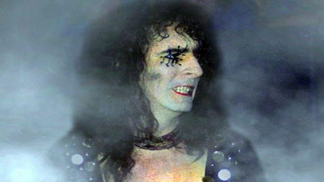 'Super Duper Alice Cooper' and the birth of shock rock