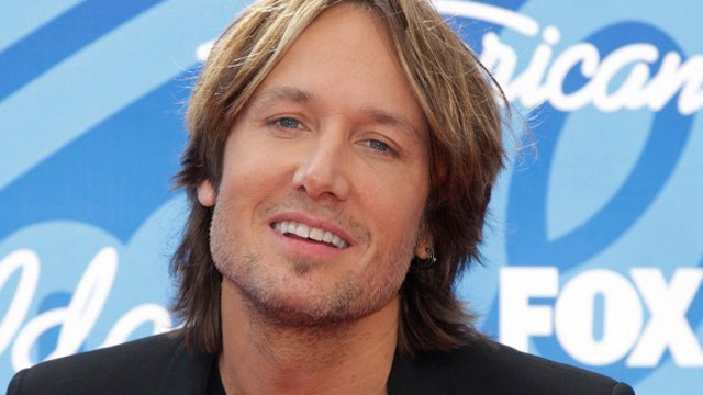 Keith Urban takes 'Idol' fans behind the scenes