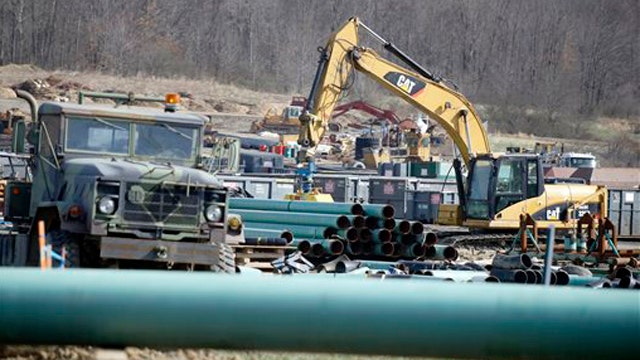 White House pushes Keystone decision until after midterms