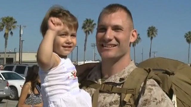 Thousands of marines reunited with family, friends