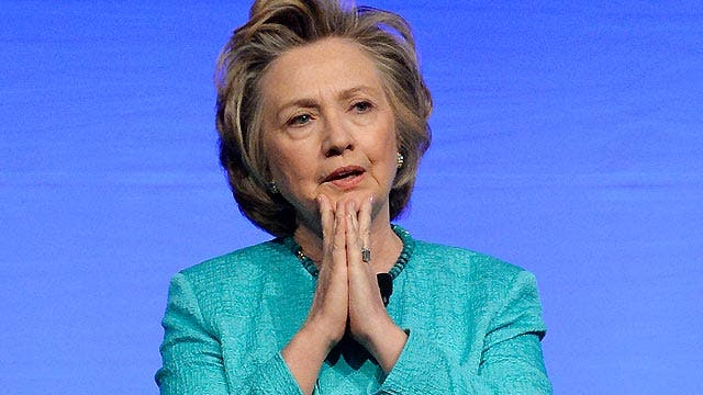 Wall Street pulling for Hillary Clinton in 2016?