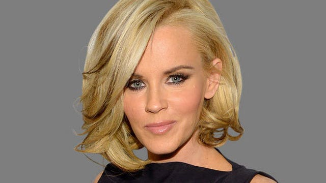 Jenny McCarthy backing off anti-vaccination stance?