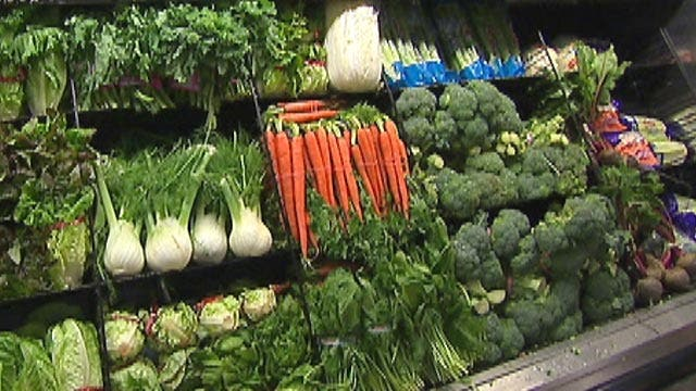 Supermarket, restaurant food prices expected to rise
