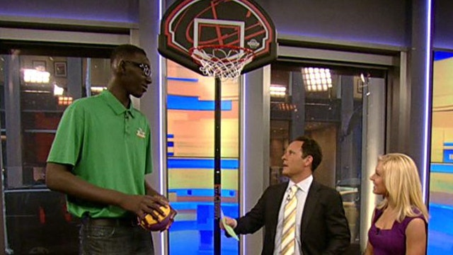 7-foot-5 junior is tallest high school basketball player
