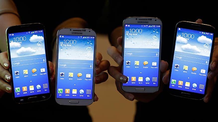 Mark Spoonauer takes a closer look at Samsung's newest addition to the smart phone market, the Galaxy S4