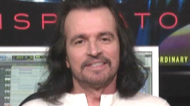 Yanni's still breaking down cultural and political barriers