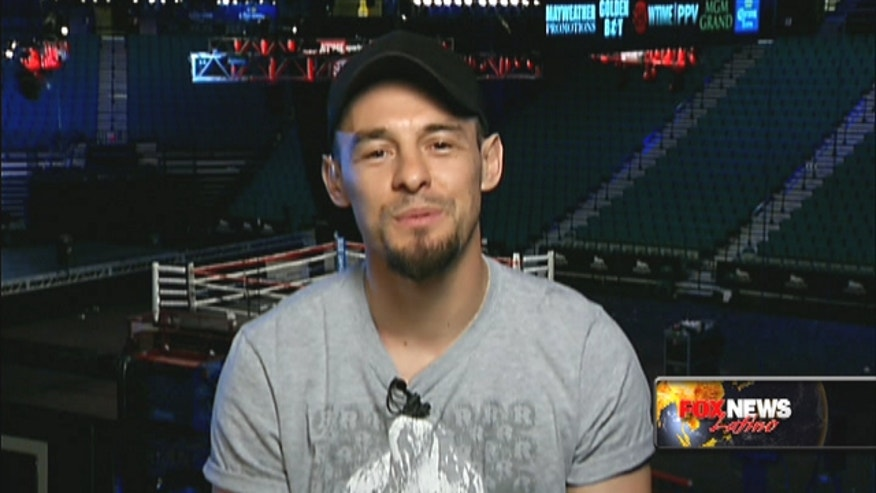 Boxer Robert Guerrero talks to Fox News Latino about beating Mayweather and Cinco De Mayo.