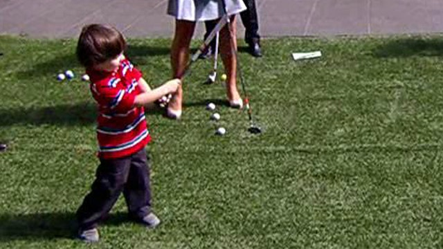 The next Tiger? 3-year-old plays golf like a pro