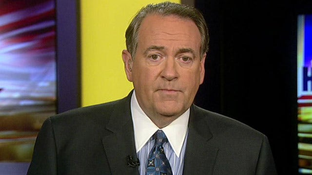 Huckabee: White House caught with its pants down on Benghazi