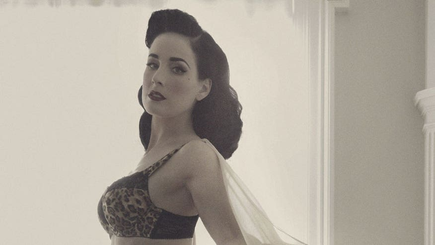 Burlesque star Dita Von Teese shares her tips on how to buy the proper-fitting bra.