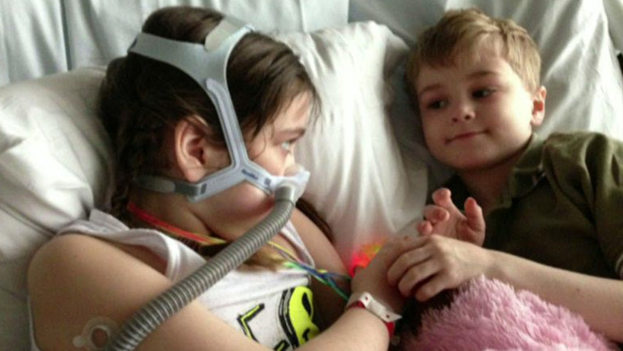 10-year-old with cystic fibrosis waiting for a new lung