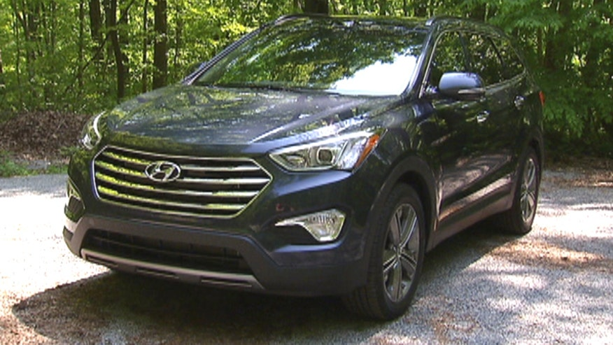 Fox Car Report drives the 2013 Hyundai Santa Fe