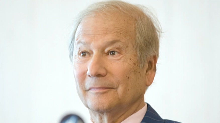 Lewis Katz one of seven dead in Massachusetts plane crash