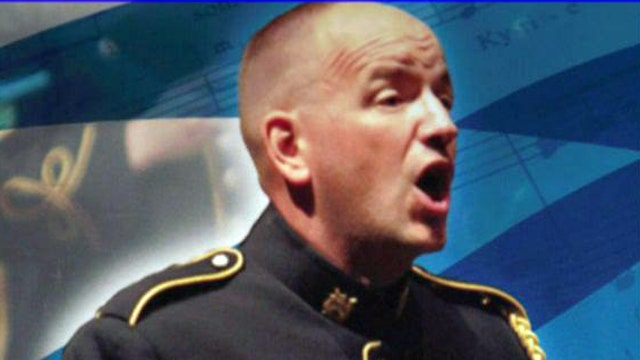 Soldier reprimanded for reading Sean Hannity