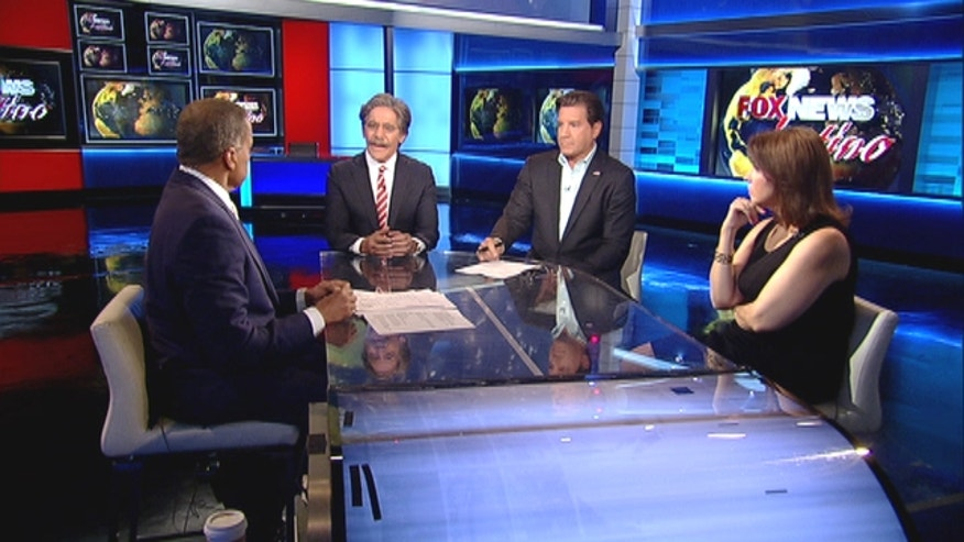 Juan Williams, Geraldo Rivera, Eric Bolling & Liz Llorente discuss the Immigration Reform Bill For Fox News Latino.