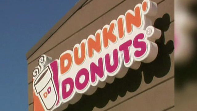Dunkin' Donuts redesigning stores to compete with Starbucks