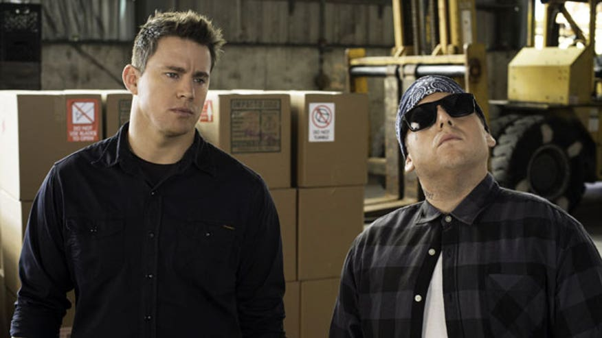 Ashley Dvorkin and Fox 411 movie reviewer discuss the comedy sequel '22 Jump Street' starring Jonah Hill and Channing Tatum.