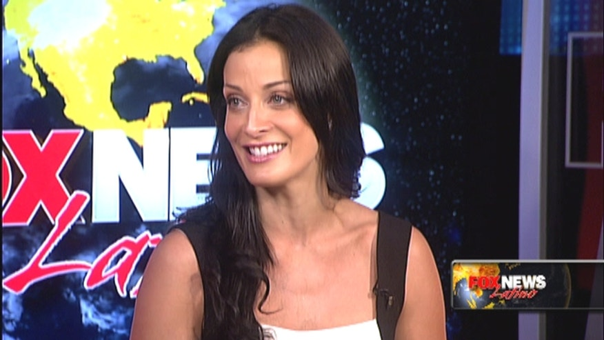"Former Miss Universe Dayanara Torres talks about her new romantic comedy ""200 Cartas,"" ex-husband Marc Anthony and more."