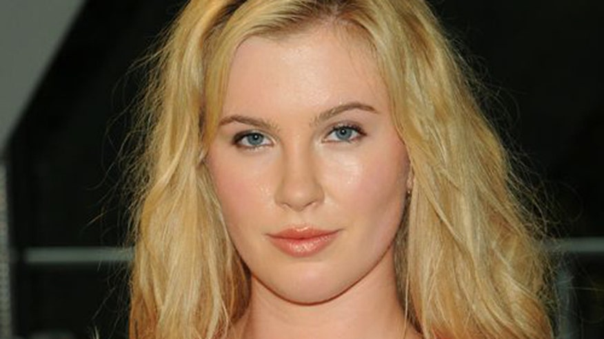 Ireland Baldwin posts photo of her making-out with a another woman. Is it true love or does she have daddy issues?