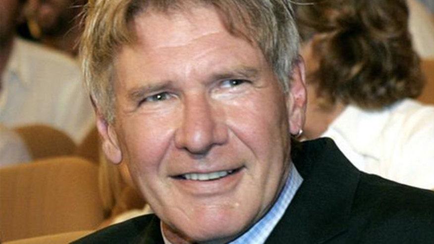 Broken ankle keeping him off 'Star Wars' set for 2 months