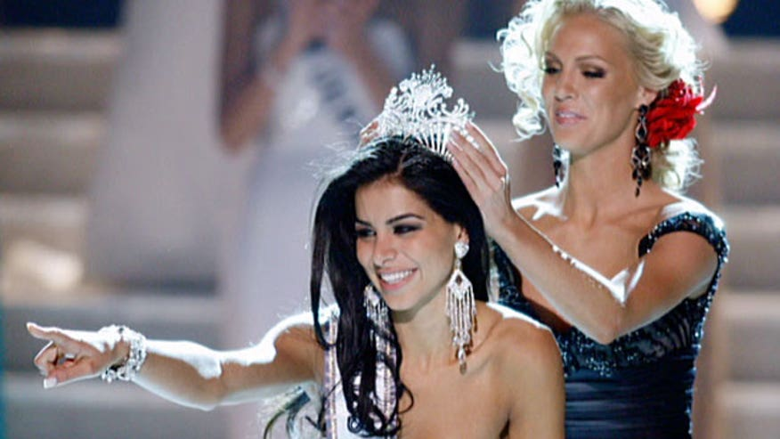 2010 winner Rima Fakih says 2014 winner Nia Sanchez not to blame for carpetbagging pageant