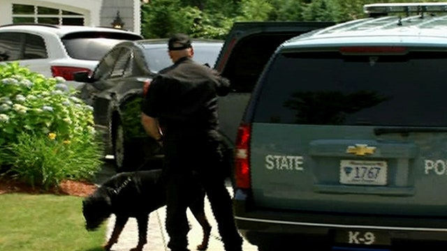 Mass. Police search Aaron Hernandez's home a second time