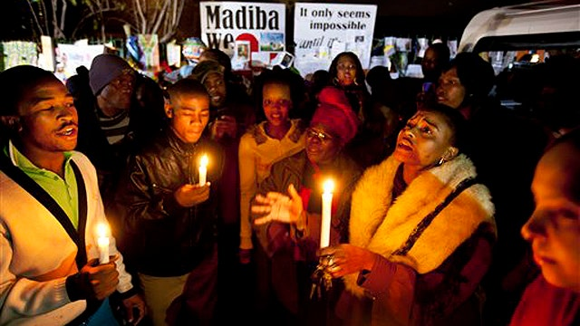 Family, South Africa pray for Nelson Mandela