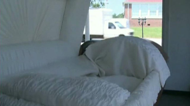 Funeral home offers drive-through viewings