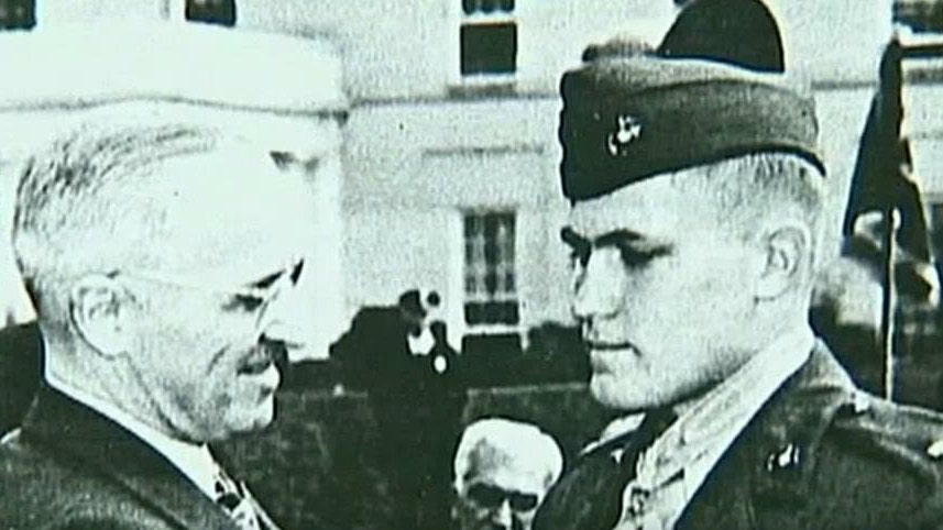 WWII marine hopes to be reunited with Medal of Honor