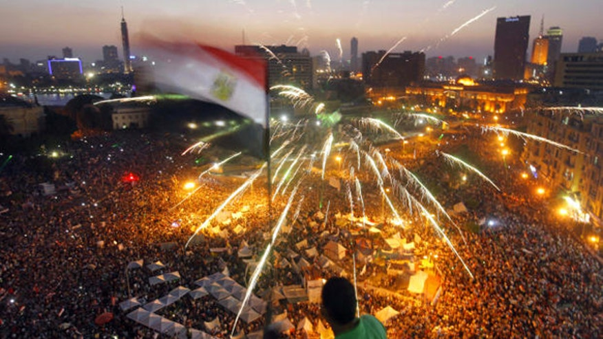 Demonstrations mark Morsi's first year in power