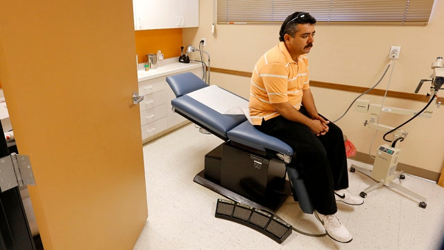 Move to delay ObamaCare employer mandate all about politics?