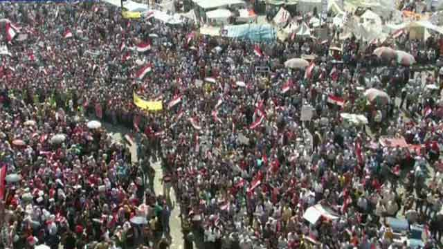Egyptian military deadline nears as protests rage