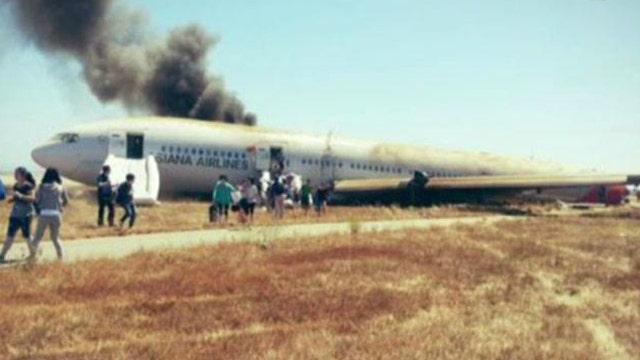 Passengers tweet after Asiana jet crashes