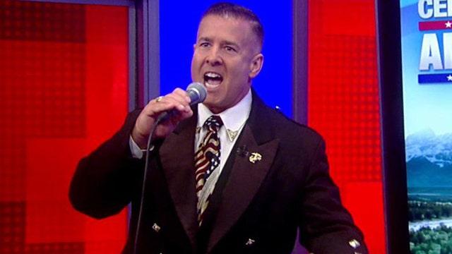 'The Singing Trooper' salutes America