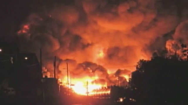 Train derailment sparks major fire in Quebec, Canada