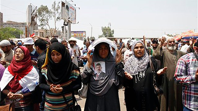 Crisis deepens in Egypt, will US act?