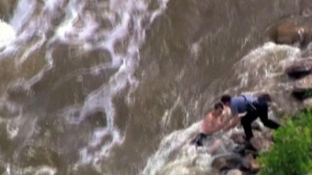 Emergency crew saved family stranded in Oklahoma River