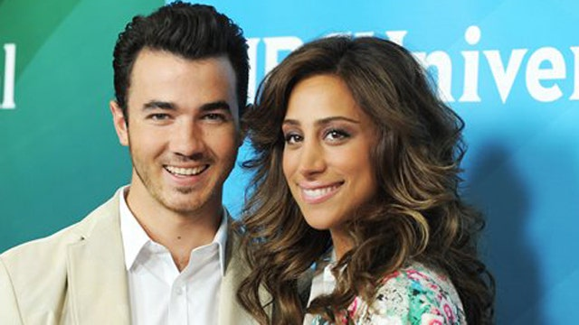 Hollywood Nation: From Jonas Brother to father?