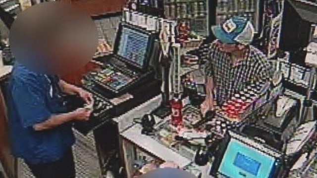 'I'm sorry robber' apologizes after pulling gun on clerks