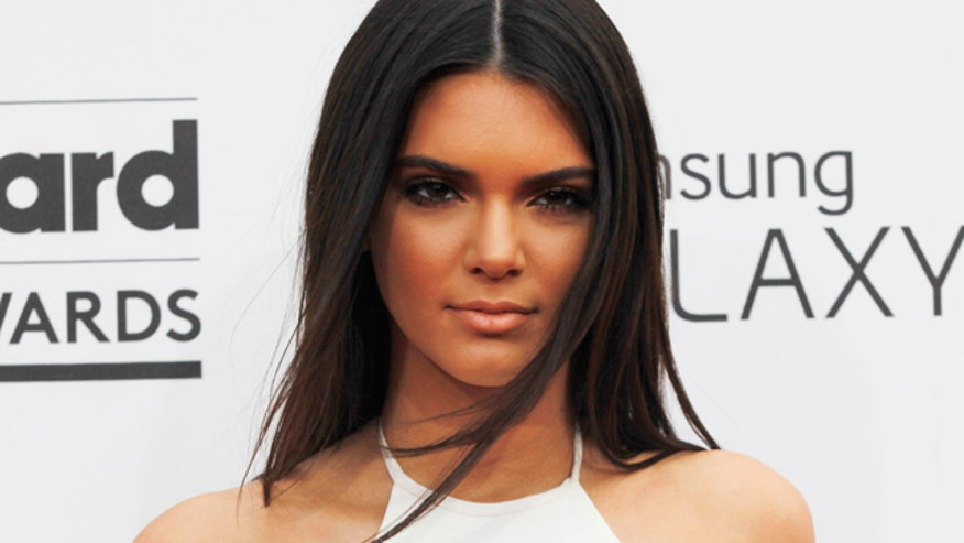 Kendall jenner s distracted driving video casey kasem s daughter