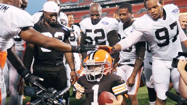 Browns help cancer patient score touchdown