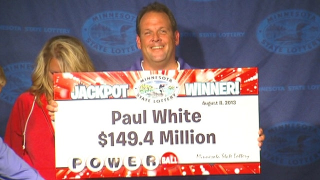 Minn. man who won a third of Powerball lottery claims prize