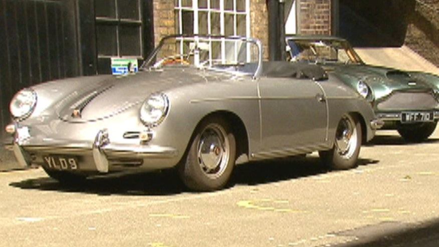 New emissions rules in London could ban the country's 800,000 vintage cars from the capitol city by 2020. Fox News Channel's Greg Palkot reports.