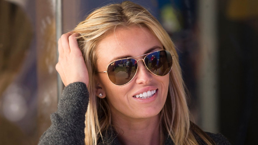 Who is the Dustin Johnson's fiancée?