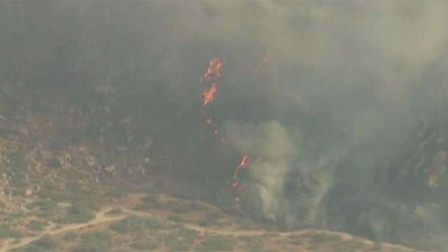 California wildfire forces 1,800 people to evacuate