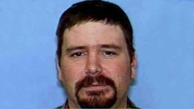 Kidnap-murder suspect may be armed with explosives