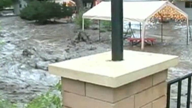 Heavy rain causes floods in Midwest and Southern U.S.