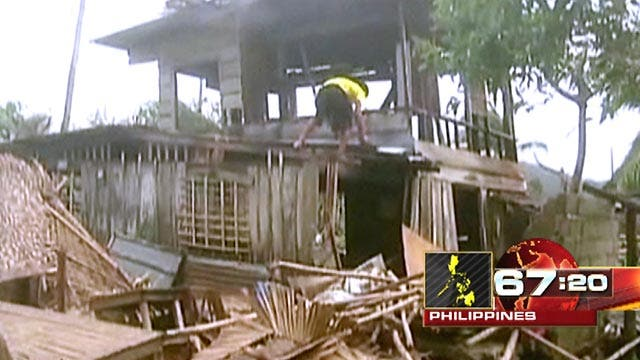 Deadly typhoon batters Philippines