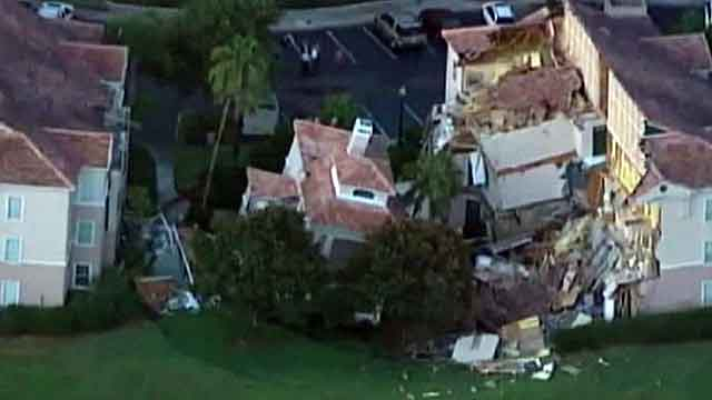 Sinkhole collapses resort villa near Disney World