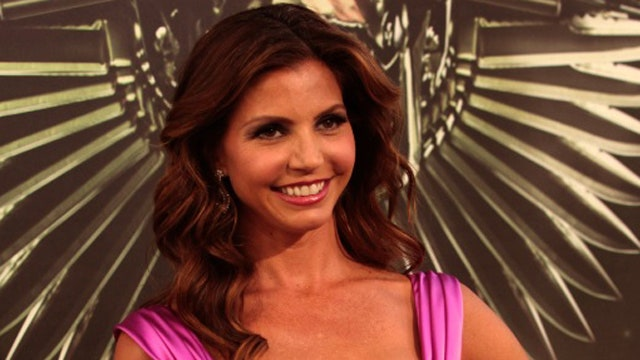 Break Time: Charisma carpenter shows off her bikini bod ...